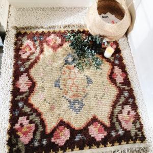 Vintage mid 20th century small Swedish rya rug